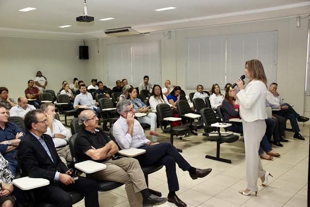 Agricultores do oeste estreitam diálogo com Ibama, Ministério do Trabalho e Banco do Brasil