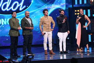 Sonakshi Sinha on Indian Idol to Promote movie Noor   IMG 1526.JPG