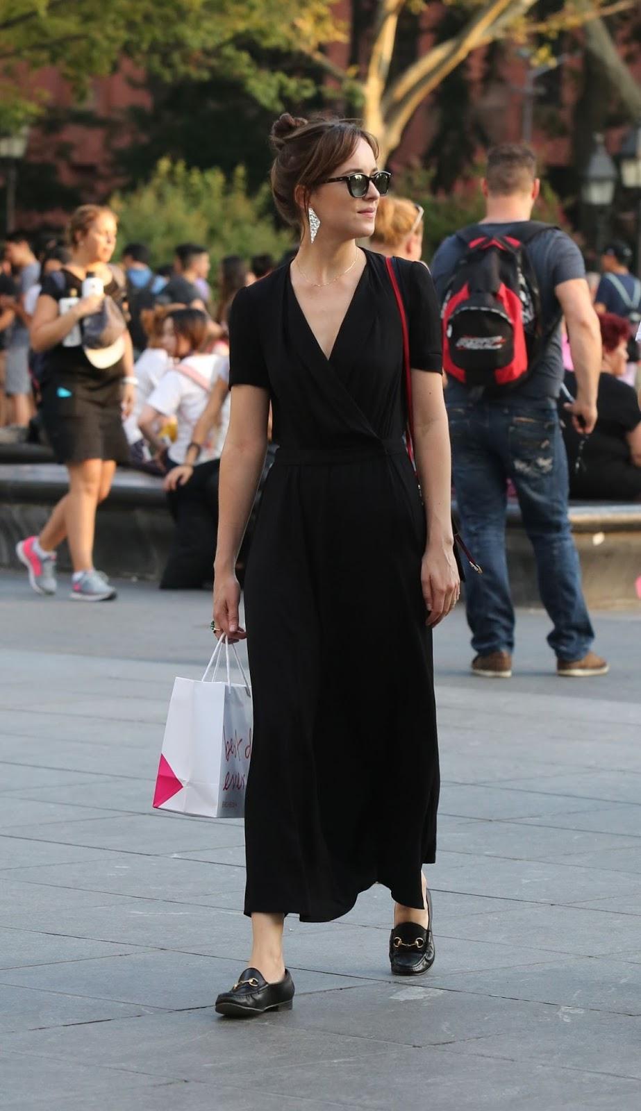 HQ Photos of Dakota Johnson Out Shopping In New York