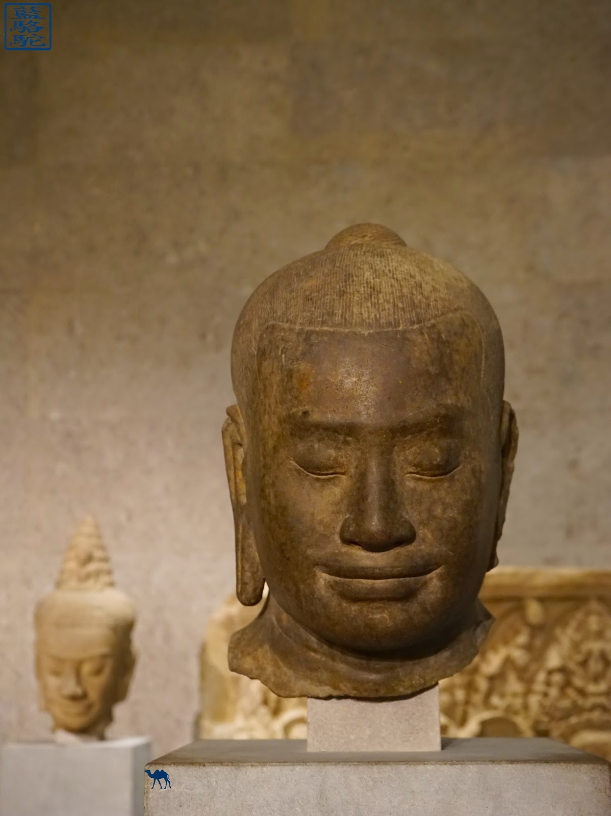 Le Chameau Bleu - Bouddha - Musée Guimet