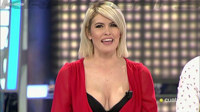 Adriana Abenia, escotazo