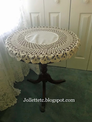 Mary Sudie Rucker's doily https://jollettetc.blogspot.com
