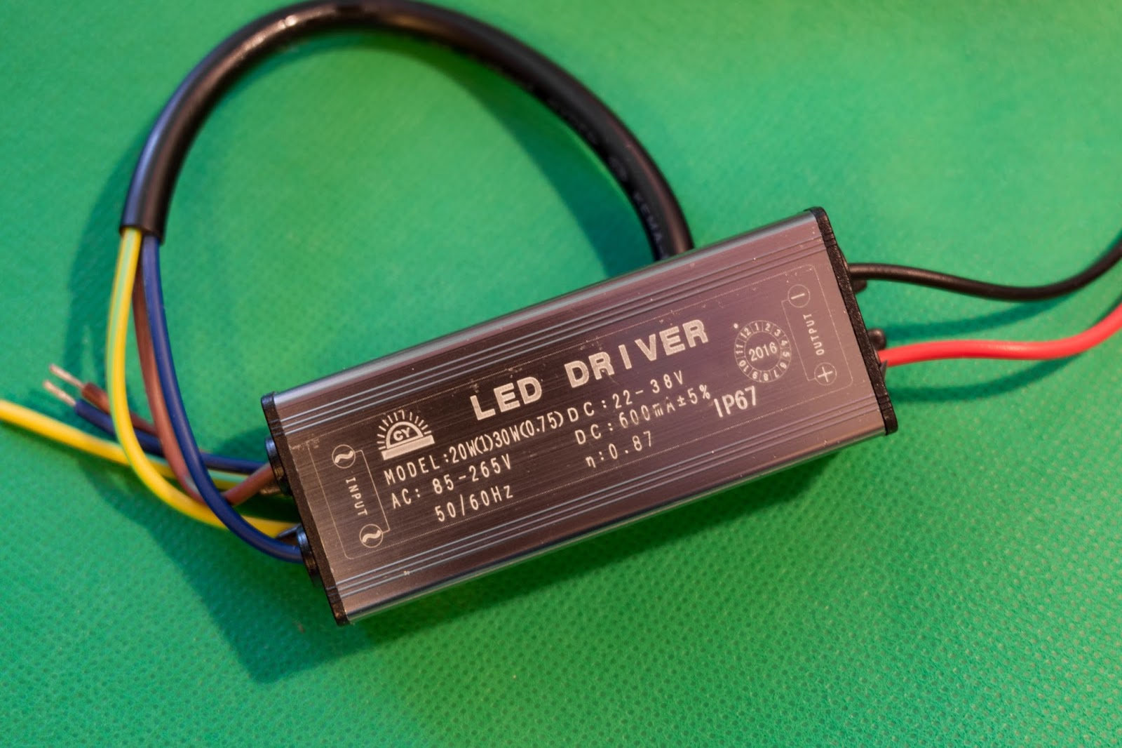 Power Supply Adapter AC-DC 100-265V to 20-38V with IP67 from