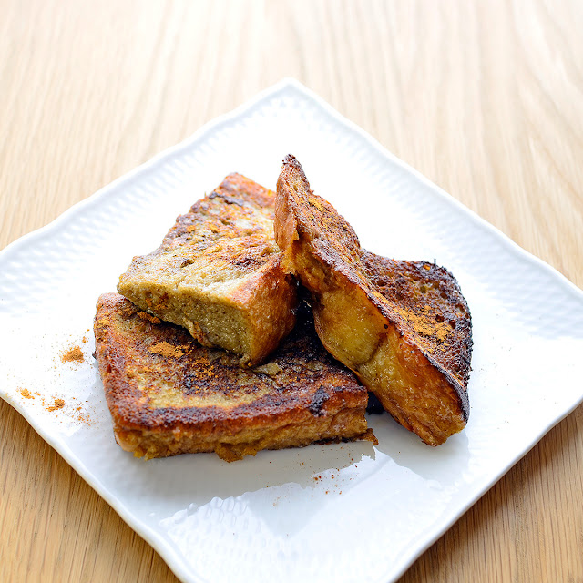 日本茶ノ生餡「しずおか和紅茶」を使った、和紅茶香るフレンチトーストのレシピ。おいしい日本茶研究所
