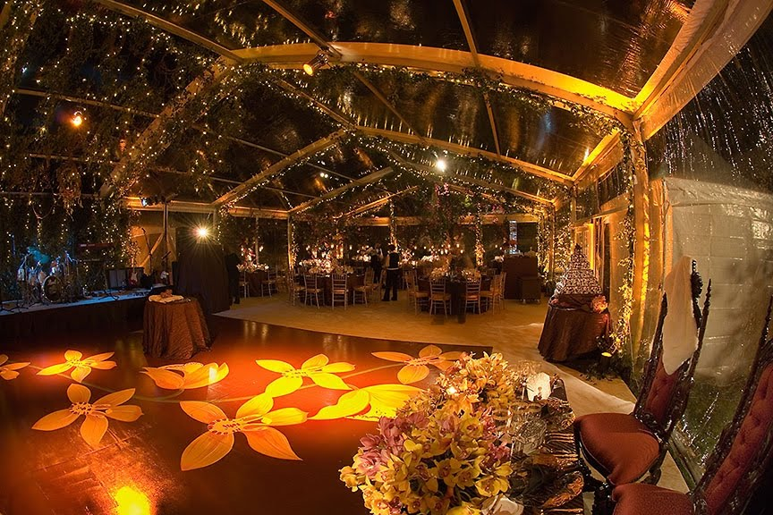 Example Of A Tented Reception On The South Lawn Estate Photography By Woodward And Rick