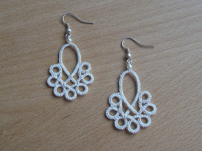 Tatting earrings - Orecchini a chiacchierino