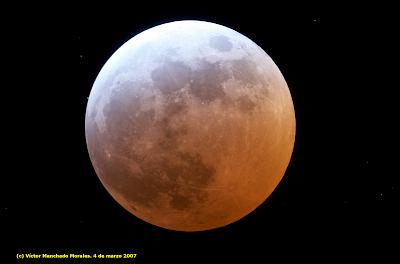 Eclipse total de Luna del 4 de marzo de 2007. Víctor Manchado