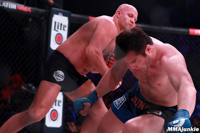 Bellator 208 : Fedor Emelianenko def. Chael Sonnen via TKO