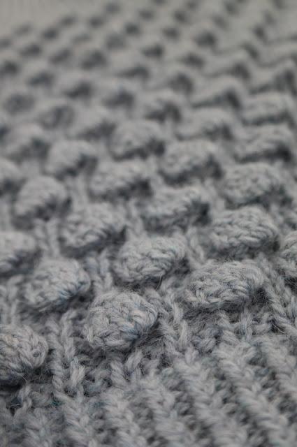 Sweter z bąbelkami część 1