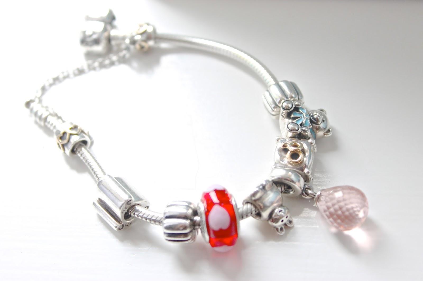 Pandora, pandora bracelet