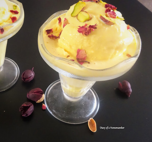 no-churn-persian-ice-cream-Iran-food-dessert-saffron-rose-water--condam-cold-dessertensed-milk-double-cre