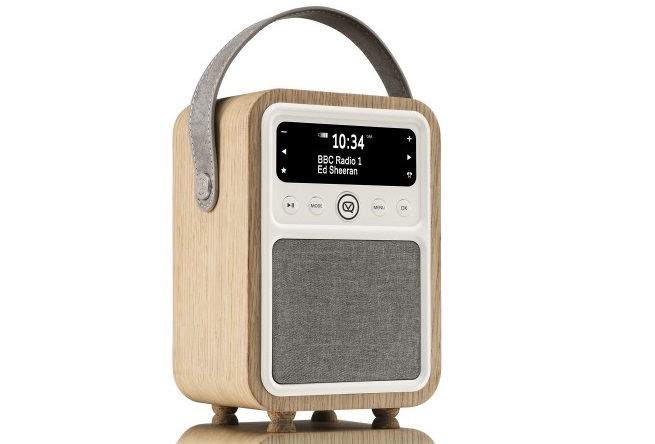 review vq monty dab radio the test pit. Black Bedroom Furniture Sets. Home Design Ideas