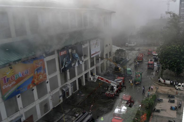 Philippine firefighters rein in second mall blaze