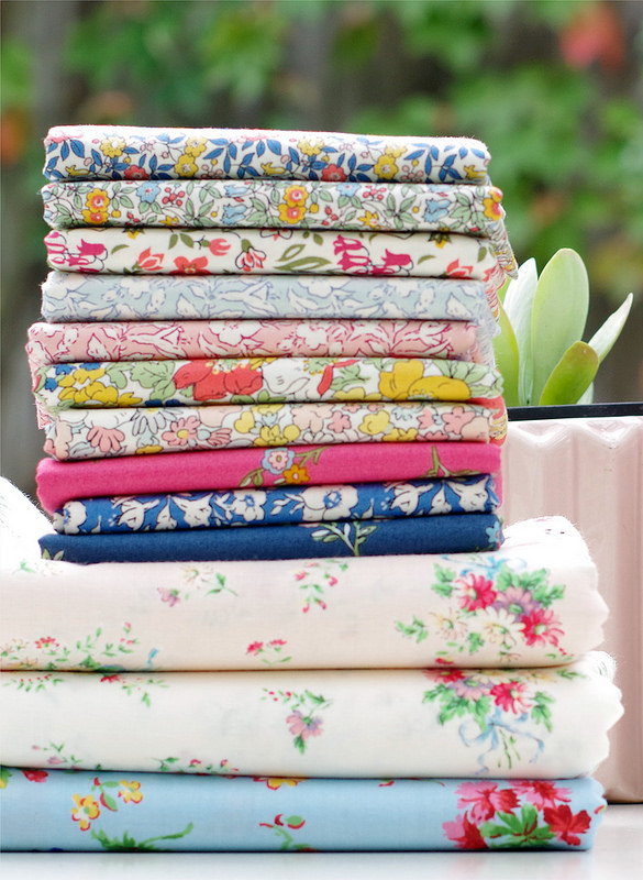 Liberty of London Cottage Garden and More | © Red Pepper Quilts 2018 #sundaystash #quiltingcotton #libertyoflondon #quiltingcotton