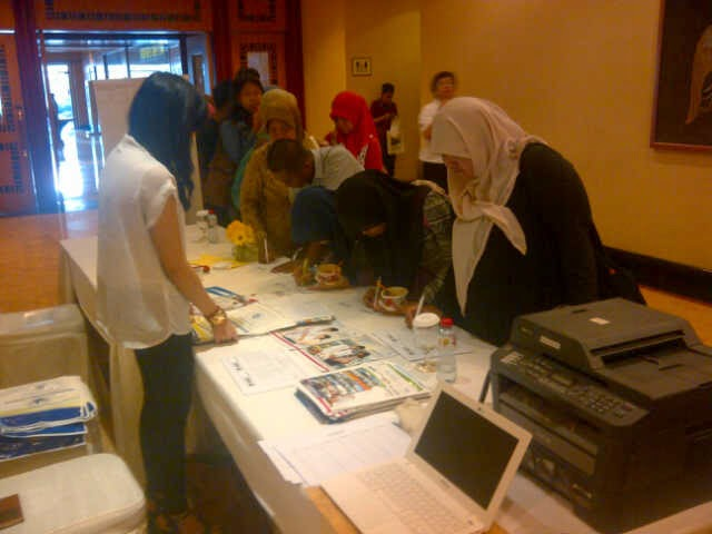 spg event surabaya, agency spg surabaya, spg pameran surabaya, spg MEC Trip