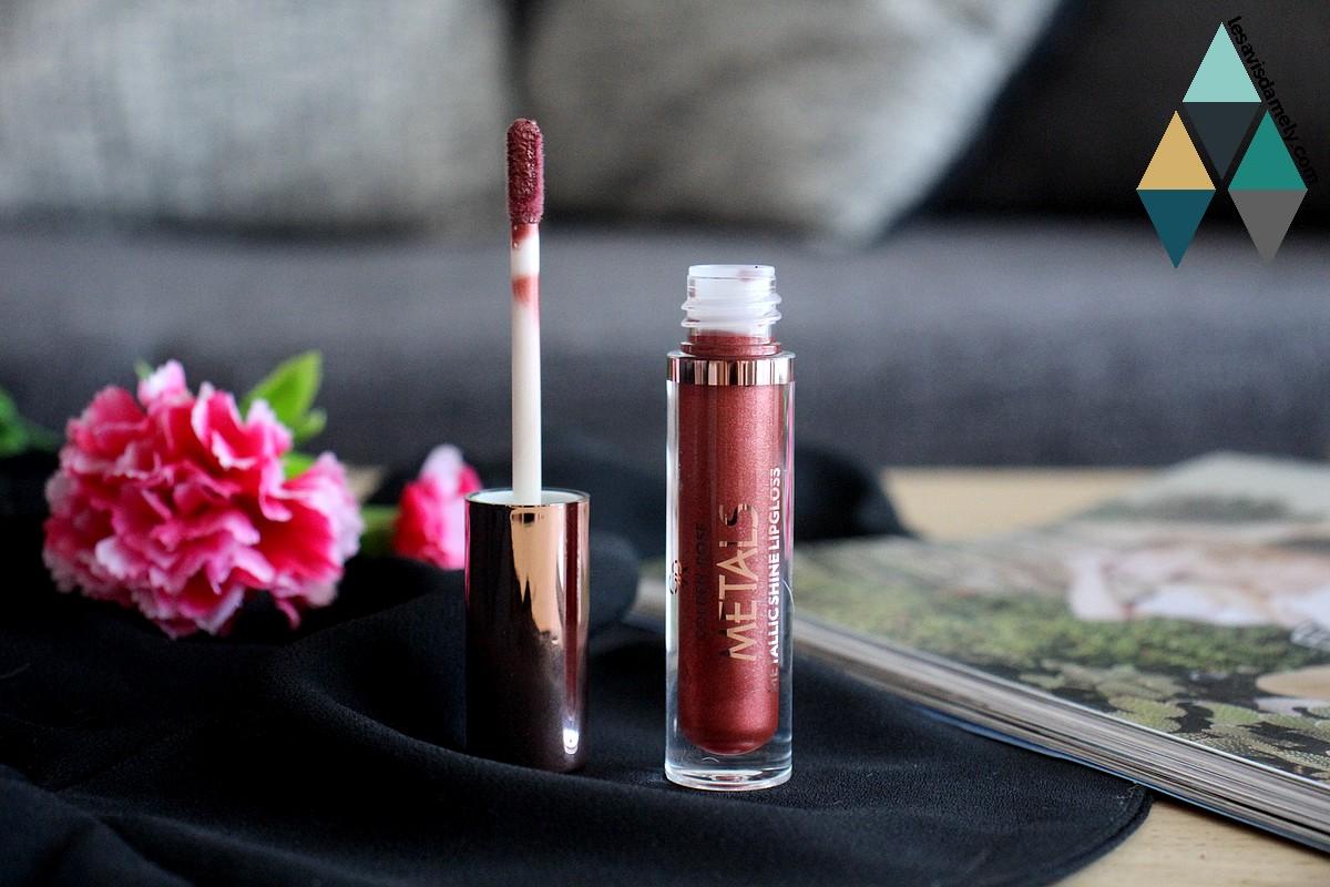 revue et swatches rose copper rouge à lèvres metals golden rose cookies makeup