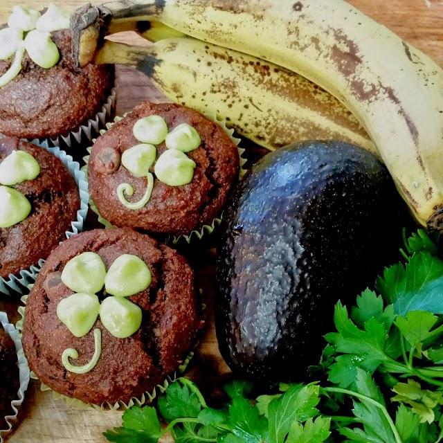 Natural Green Food Coloring and Vegan Green Frosting Recipe