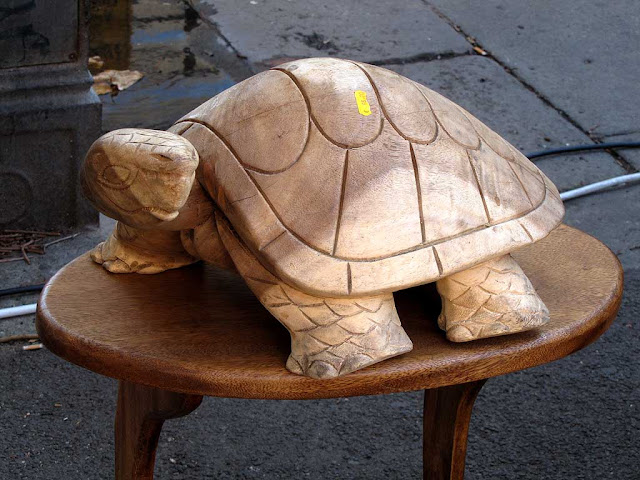 Wooden turtle, Sunday market, Livorno