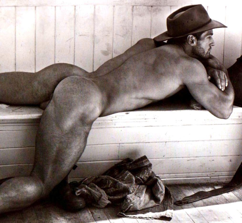 Beautiful Male Bodies Nude