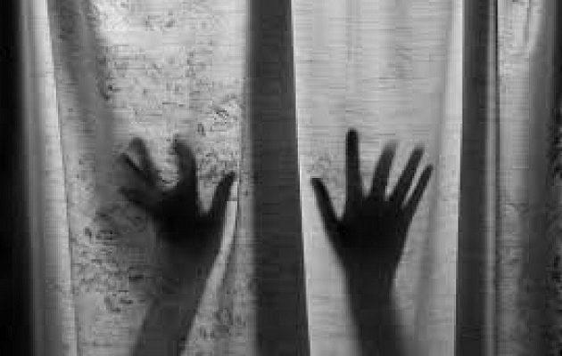 Τρεις Πακιστανοί βίασαν 15χρονο αγόρι σε αποθήκη