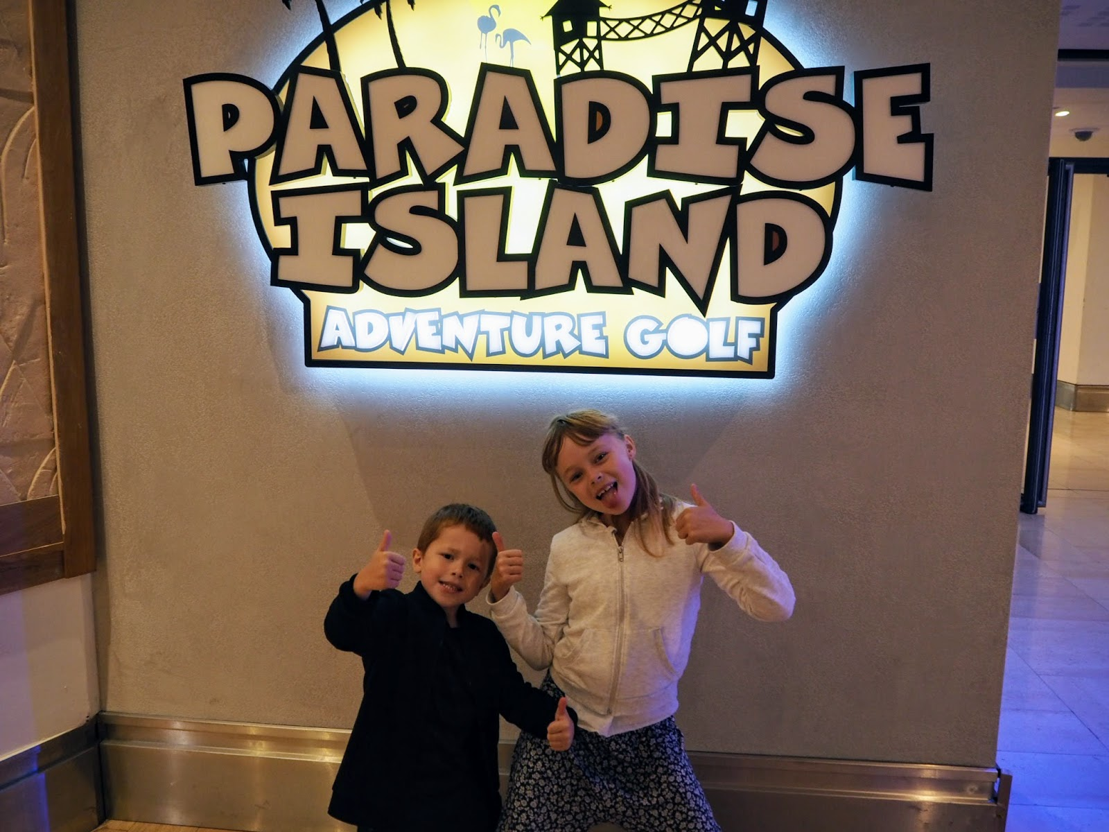 paradise island adventure island golf - Intu Derby