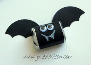 http://juliedavison.blogspot.com/2013/10/video-halloween-chocolate-nugget-bat.html