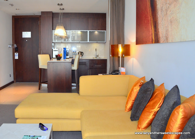 Centro Suite living room and kitchenette