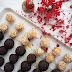 Raw cukroví (perníkovo-fíkové truffles a meruňkové kuličky)