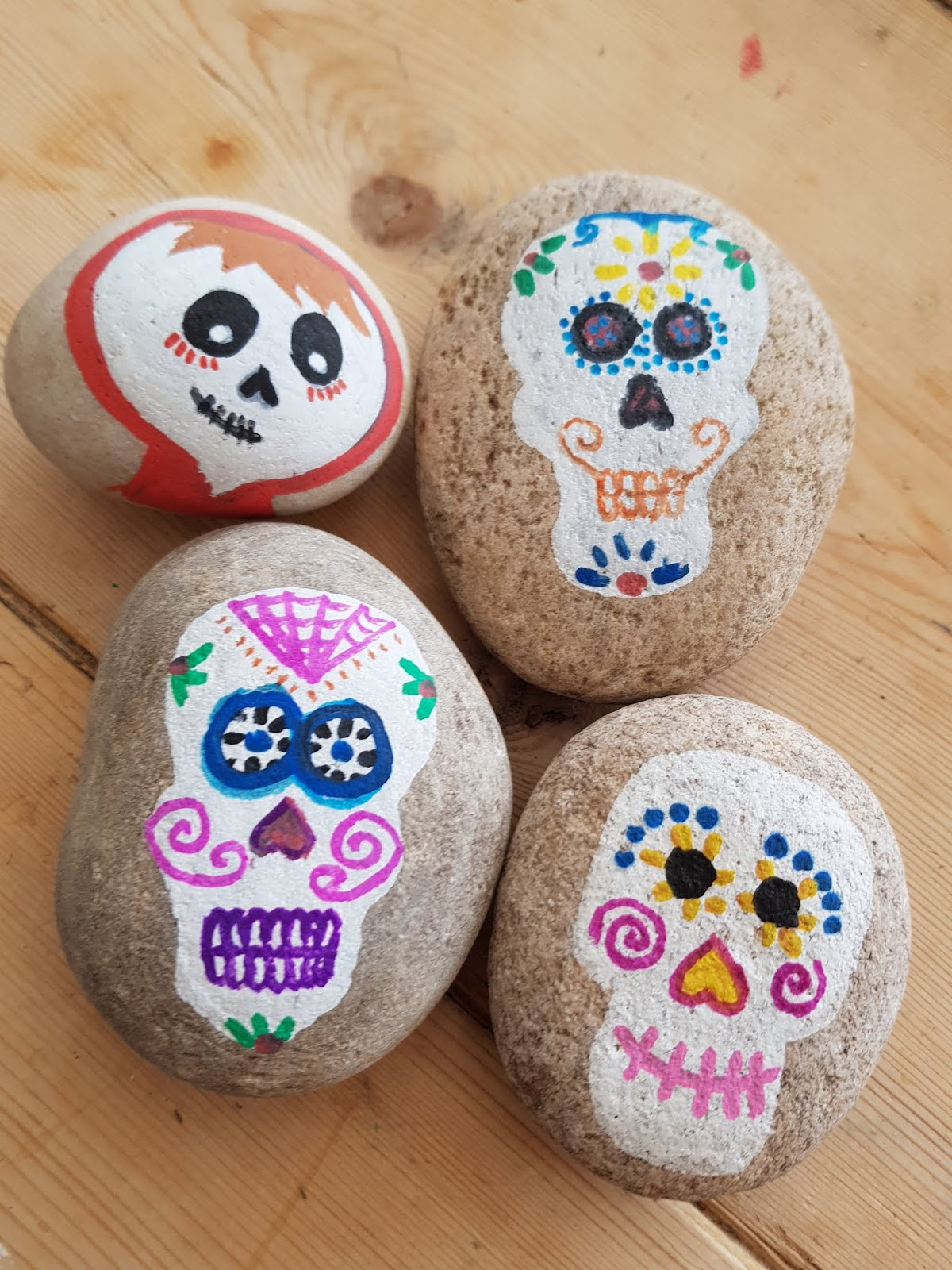 Life in the Mum\'s Lane: Rock Decorating Ideas