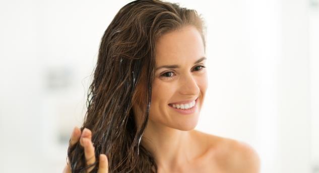 El aceite de oliva y la vitamina e y para los cabellos