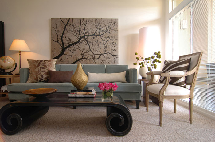 Swoon Style and Home: Art over the Living Room Sofa