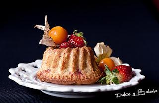 Mini Bundt Cake de Fresas