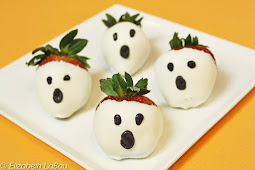 Spooky Ghost Strawberries for Halloween Party