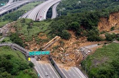 भूस्खलन - Landslides