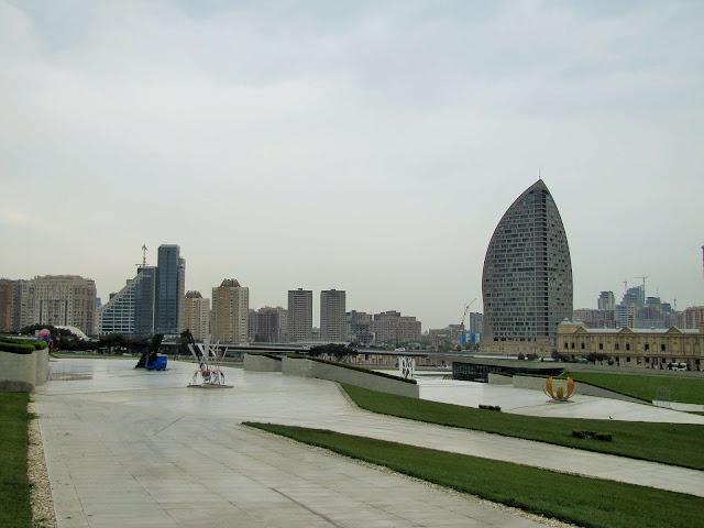Rusia y Azerbaiyán tendrán libre trasmito de automóviles