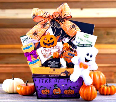 https://www.adorablegiftbaskets.com/halloween-gift-baskets.html