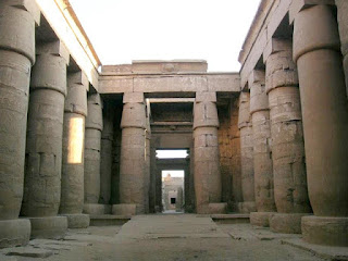 Templo de Jonsu sala hípetra