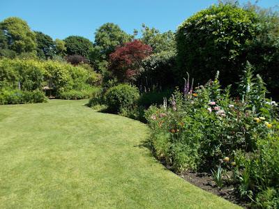 Sweeping lawn curves A Garden Design Masterclass at Abbey House Gardens