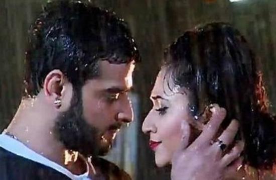Raman Ia S Sensuous Bathroom Romance Recreates Old Love Memories In Yhm