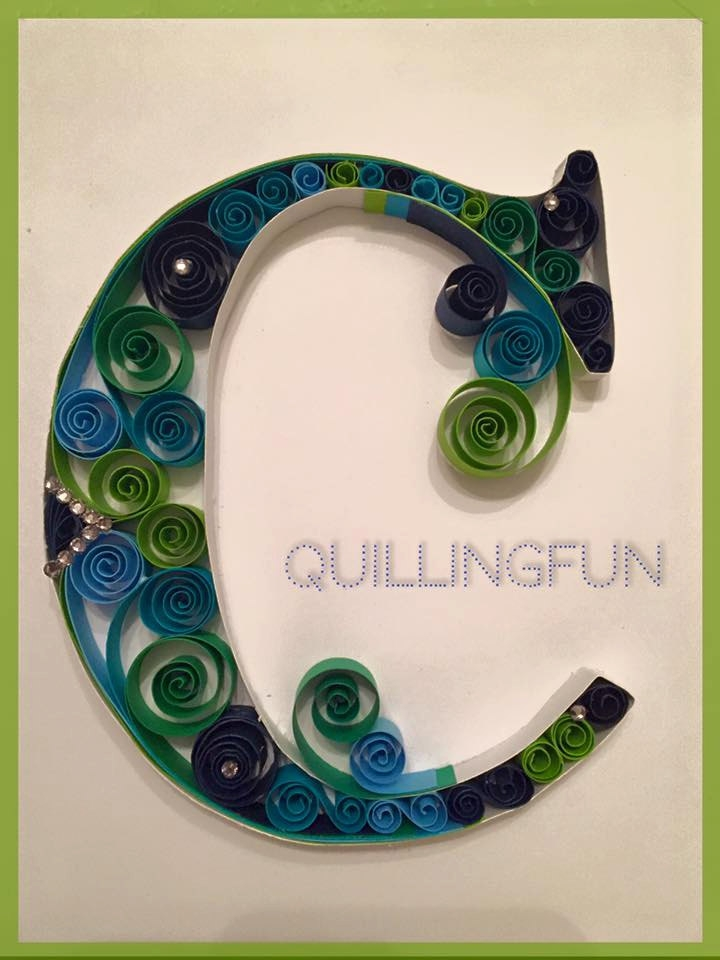 02-C-Jennifer-Stacey-Typography-with-Quilling-Drawings-www-designstack-co