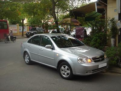 Cho thuê xe 4 chỗ dài hạn Lacetti EX tại Hà Nội