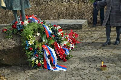 70-летие Победы в Исландии. У монумента Надежда.