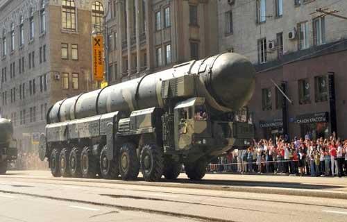 Bom Nuklir Paling Mematikan Dengan Ledakan Terdahsyat
