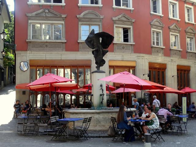 Kantorei Nike Fountain Neumarkt Zurich