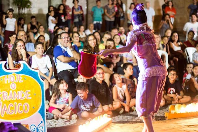 """Espetáculo """"Magavilha"""" em Iguape"""