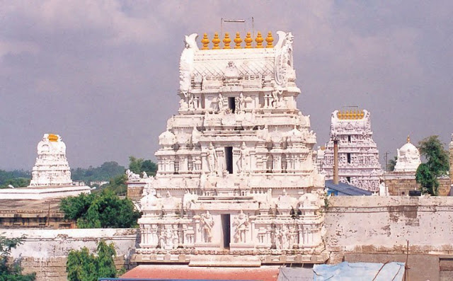 famous shiva temples in india