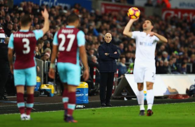 Swansea Berhentikan Bob Bradley