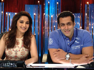 Salman Khan with Madhuri Dixit on Jhalak Dikhhla Ja show