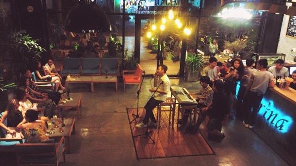 Giao lưu văn nghệ tại Marina Coffee