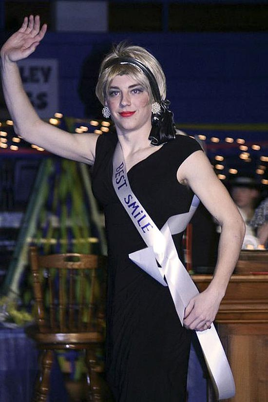 "A womanless beauty pageant's ""Best Smile"""